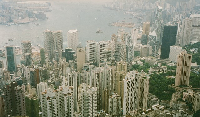 The Pearl River Delta, home to Hong Kong, is one of China's main economic hubs (photo Arian Zwegers)