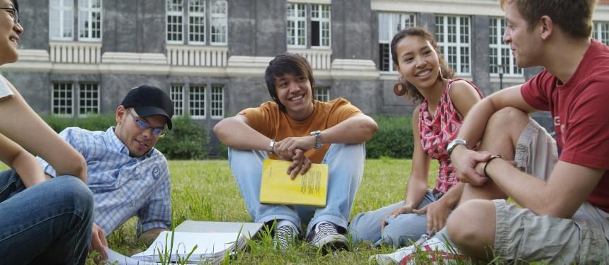 International Education News l The PIE News l International students