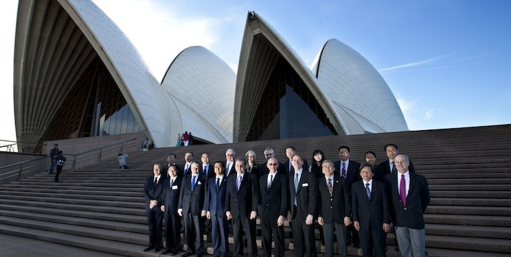 Delegates from C9 in China and Go8 in Australia met in Sydney and were welcomed by Minister Chris Evans