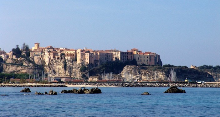 "The southern Italian destination of Tropea, home to Piccola Universita, is described as the ""Pearl of Calabria"""