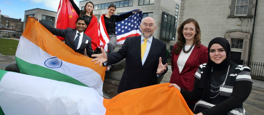 Ruairi Quinn TD, Minister for Education and Skills and Marina Donohoe, Head of Education at Enterprise Ireland with international students at the ceremony in Dublin