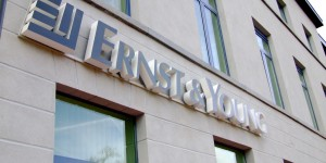 Ernst & Young to buy Parthenon Group