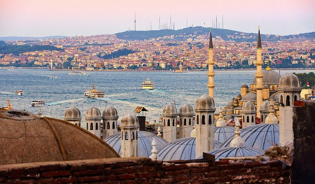 Istanbul. Photo by Moyan Brenn on Flickr.