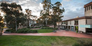 Navitas, University of Canberra agree $4.9m deal