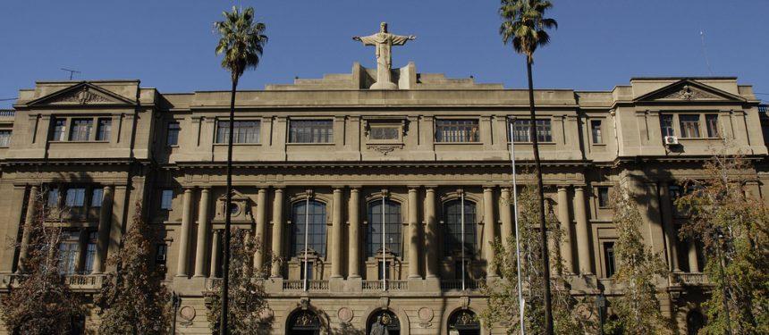 Pontificia Universidad Católica de Chile, Chile, SIES