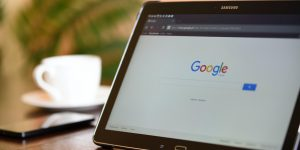 Google sets out to disrupt four-year degrees